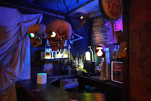 Mad Maker Pub, Paris, France
