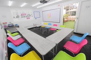 CO-Labora Coworking   Salas de Conferencia, Reuniones, Salas de Capacitación 1
