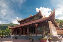 Van Son Pagoda, Con Son, Vietnam