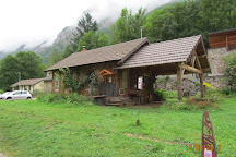 La Maison des Loups, Orlu, France