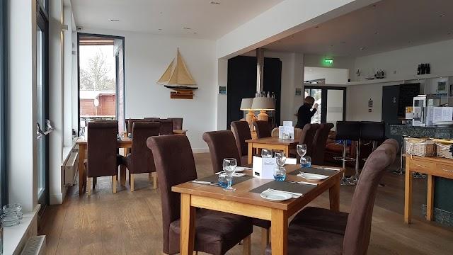 Taymouth Marina Restaurant