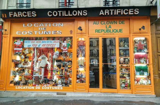 Au clown de la république (Déguisements Paris)