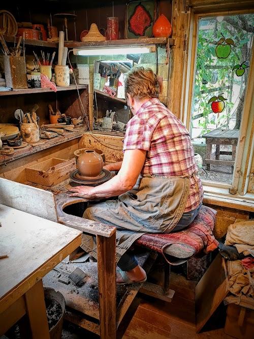 Sproģi, Keramikas darbnica