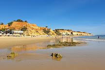 Praia do Barranco das Belharucas, Olhos de Agua, Portugal
