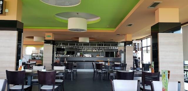 360 & Sky lounge