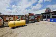 Bob's Gasoline Alley, Cuba, United States