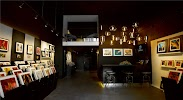Carre d'artistes, галерея современного искусства, Трёхпрудный переулок на фото Москвы