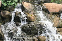 Dubuque Arboretum and Botanical Gardens, Dubuque, United States