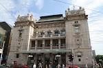 Национальный театр на фото Белграда