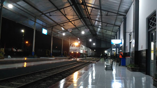"Google review of Train Station ""Kalisat"" by Oke Vienansyah"