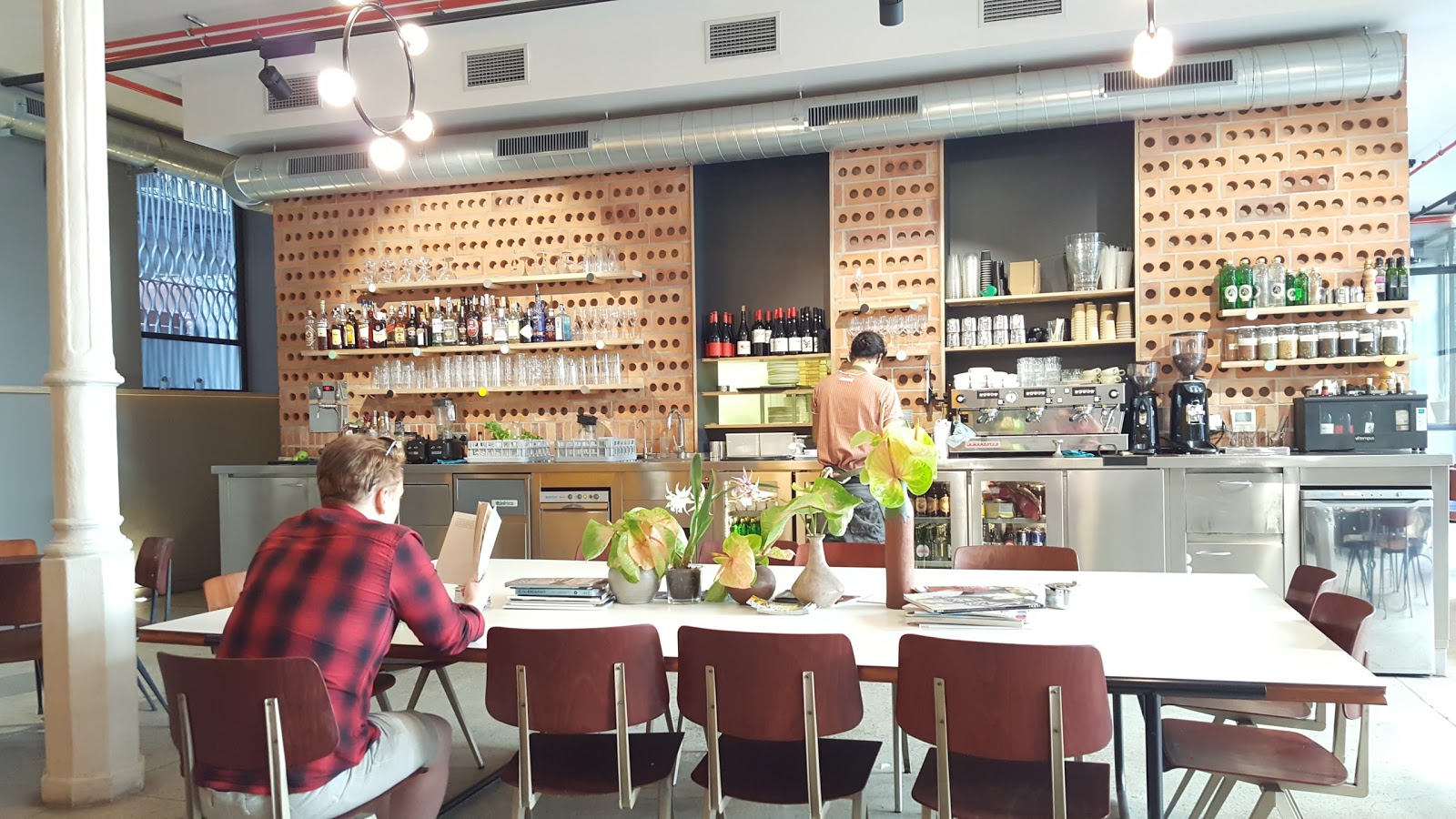 Federal Café: A Work-Friendly Place in Barcelona