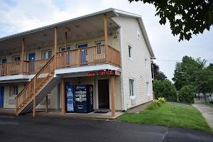 River Inn Motel