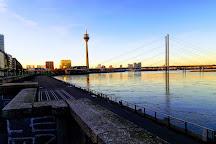 Rheinuferpromenade, Dusseldorf, Germany