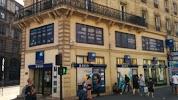 Banque Populaire на фото Парижа