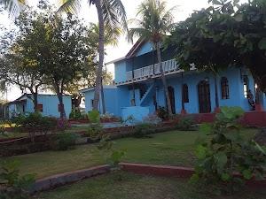 LaPaloma Embassy