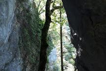 Grotte des Faux-Monnayeurs, Mouthier-Haute-Pierre, France