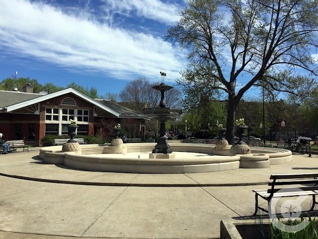 Wicker Park Fountain