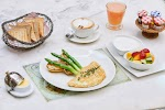 SHAKESPEARE AND CO. Cafe Restaurant, Patisserie, Chocolate and Catering на фото Дубая