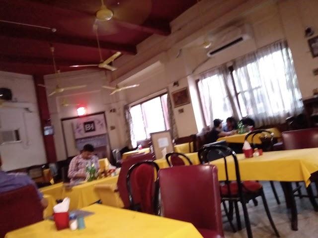 Broadway Bar & Restaurant