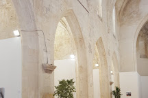 Eglise Sainte-Anne, Arles, France