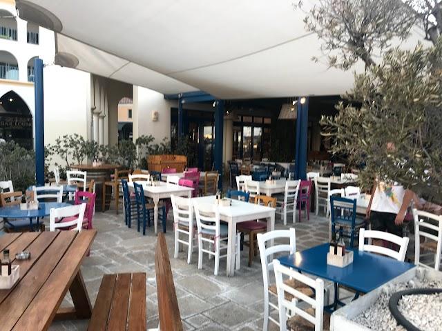 Tavernaki, Marina's Grill Restaurant