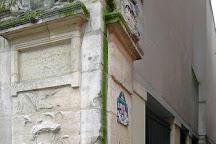 Fontaine Maubuee, Paris, France