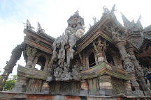 Sanctuary of Truth (Prasat Sut Ja-Tum), Pattaya, Thailand