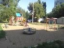 Обычная детская площадка