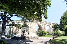 Jardin d'Ete, Arles, France