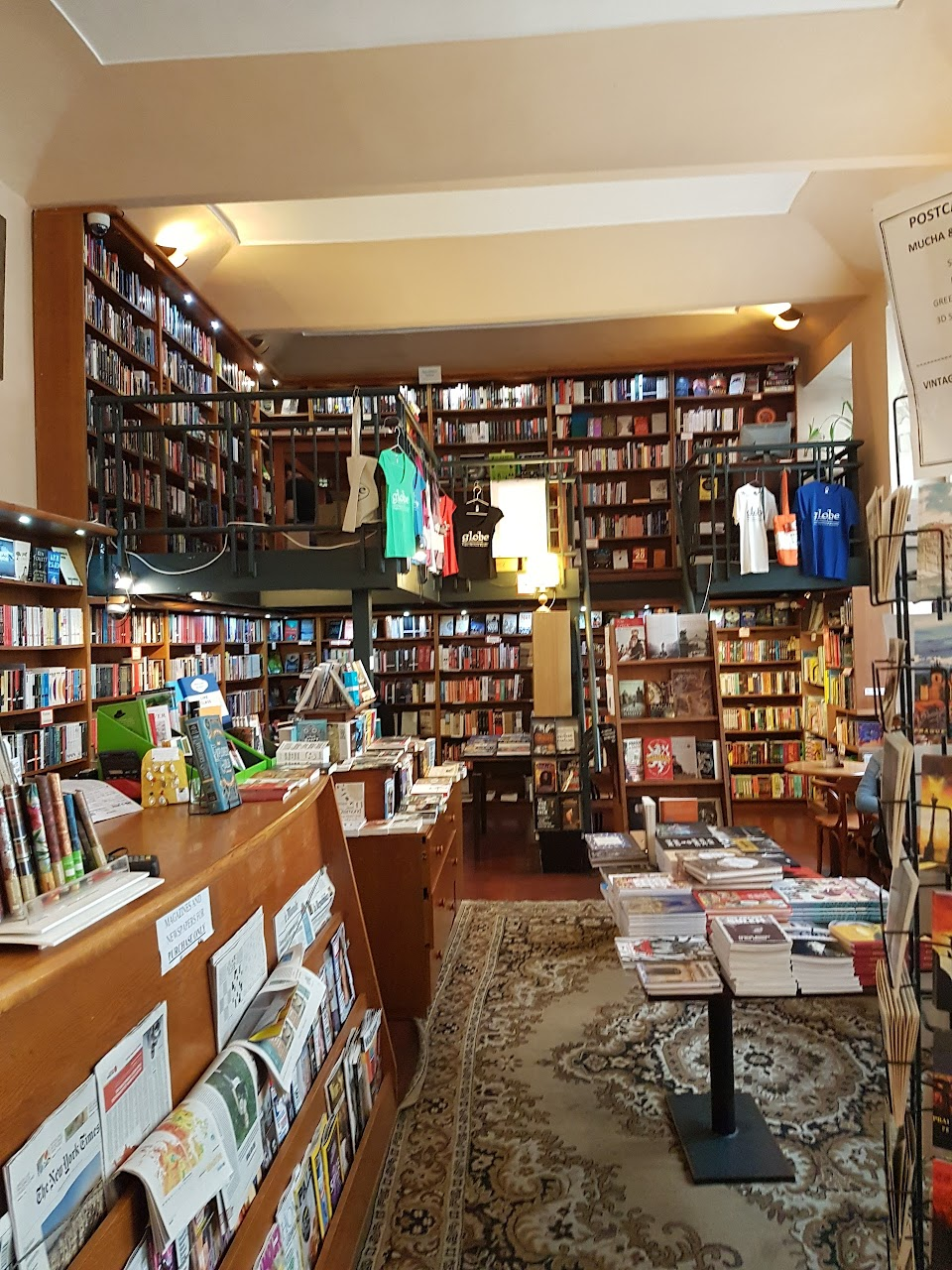 Globe Bookstore And Café