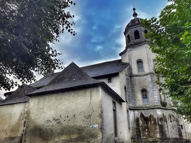 Eglise Notre-Dame-de-la-Pierre.