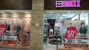 Moixx Mall Aventura Plaza 6