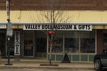 Valley Doll Museum & Gifts, Drumheller, Canada