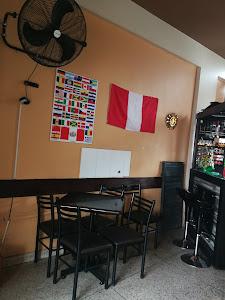 Centro Comercial Las Brisas Refugio 4