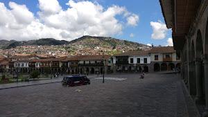 KUNA Plaza de Armas 4