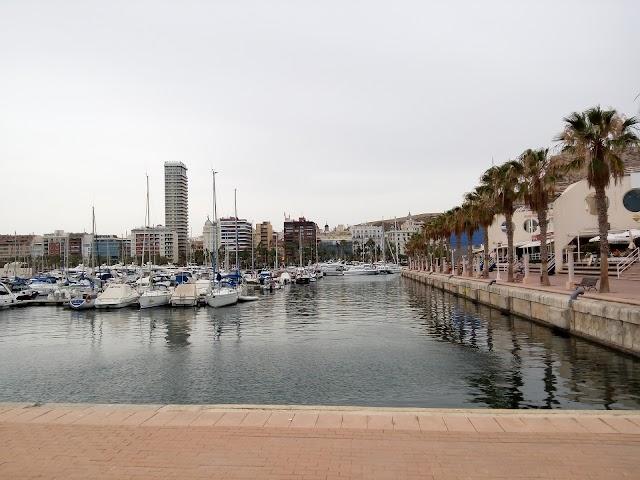 Azar Casino Mediterráneo Alicante