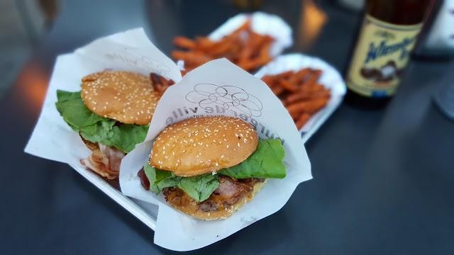 Burger de Ville by 25h Hotels