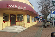 Tanners Books, Sidney, Canada