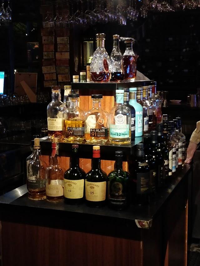 Hill Bar