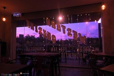 Dart Bistro Bar & Grill