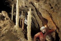Csodabogyos-barlang Balatonederics, Balatonederics, Hungary