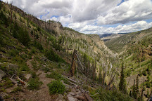 Osprey Falls Trail, Yellowstone National Park, United States