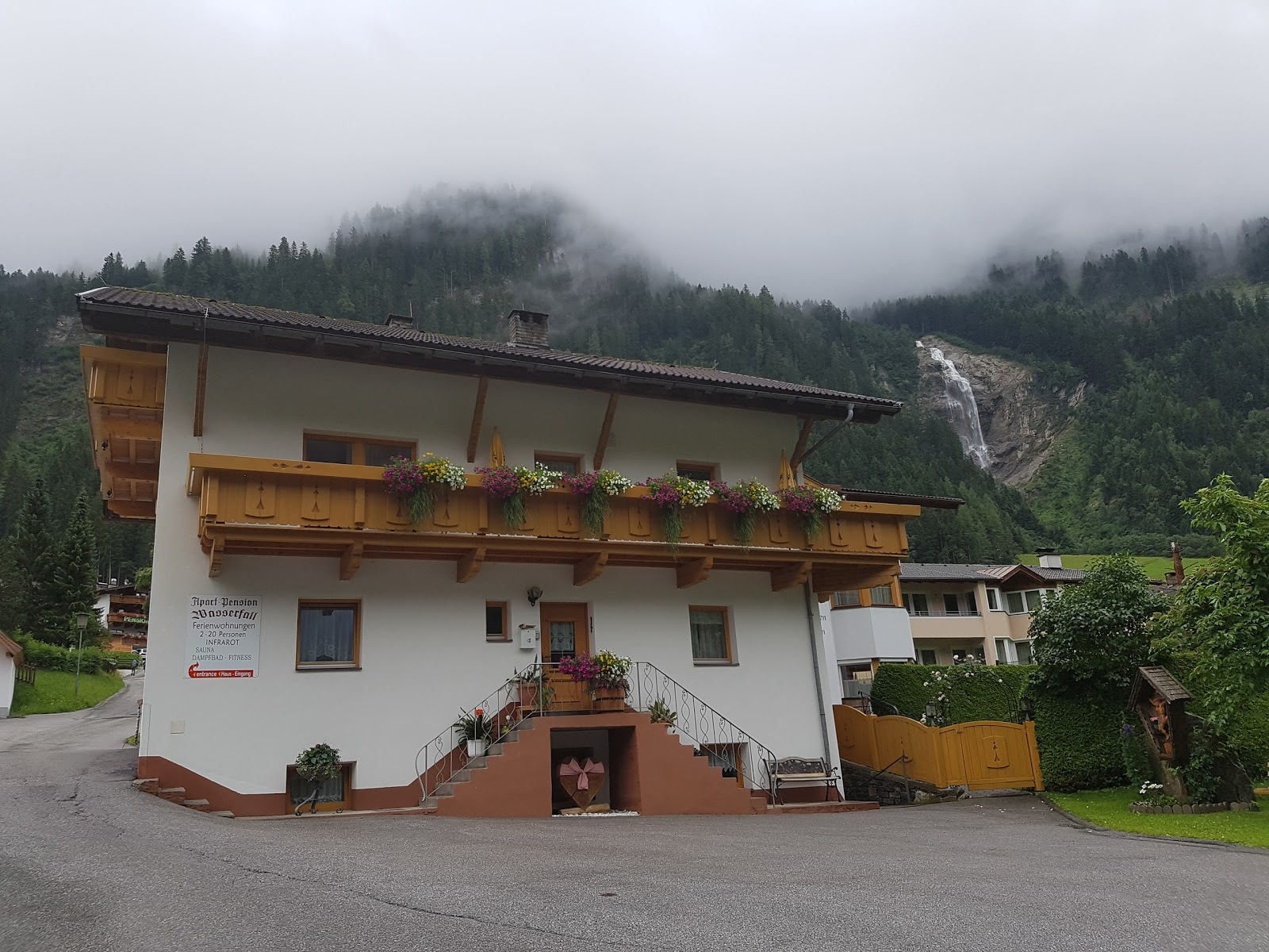Frühstückspension Haus am Wasserfall Map Stubaier