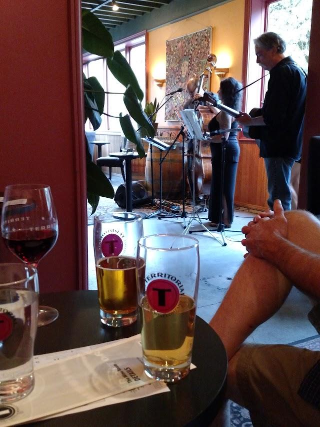 Territorial Vineyards & Wine Co