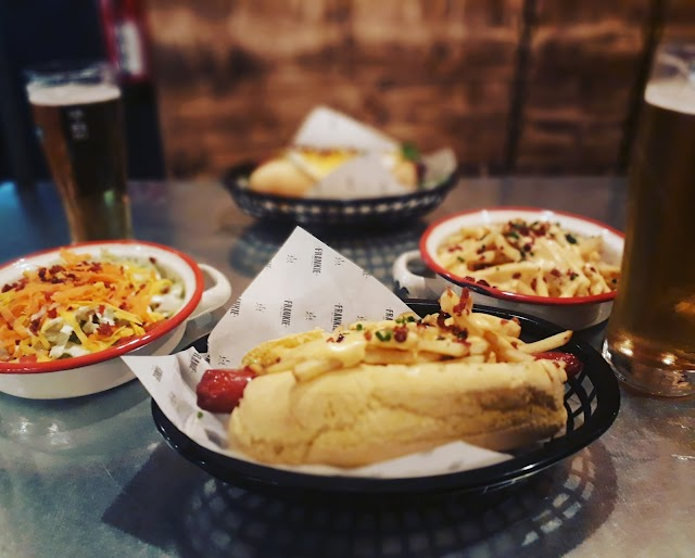 Frankie Hot Dogs Braga