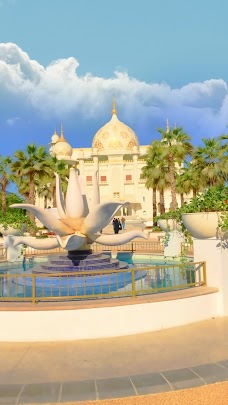 Dubai Parks and Resorts – VIP Car Park dubai UAE