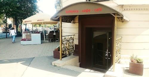 Cafe Leningrad