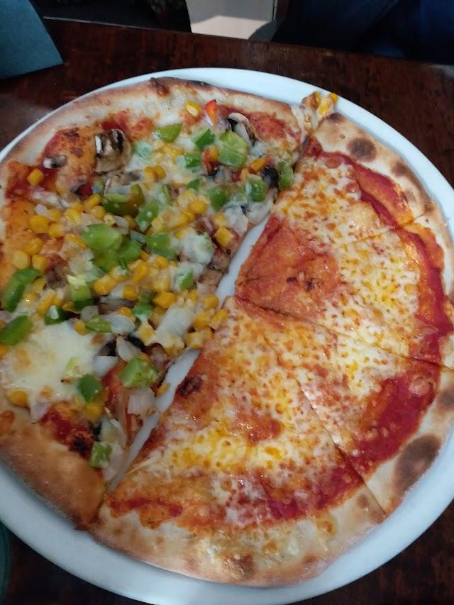 Cano's Italian Restaurant and Pizzeria