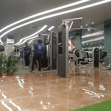 Golds Gym amravati