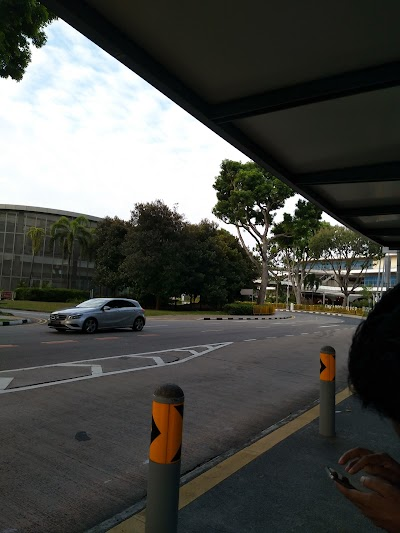 Bef Temasek Ave